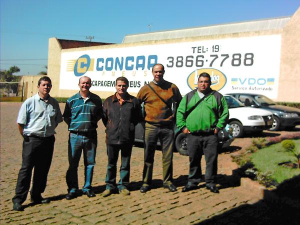 Sempre em busca de novos conhecimentos a equipe da Renocap, visitou a CONCAP na região de Campinas-SP para trocar experiências sobre recapagens e serviços BTS (Bandag Truck Service).
