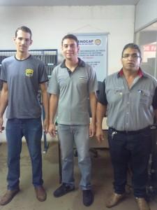Visita do Maicon Roberto, poprietário da Borr do Roberto parceiro em Jaguapitá 19mai14